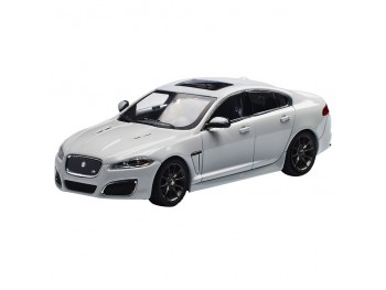 Jaguar XFR (Polaris White- 1:43)