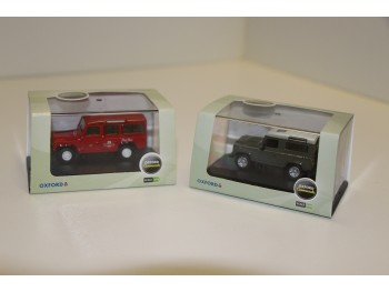 Oxford Land Rover Defender, Set van 2. 1:76