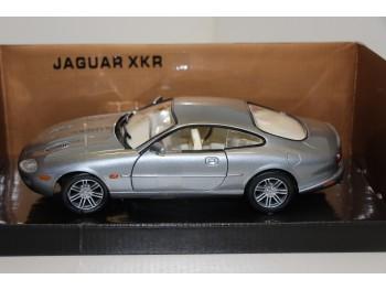 Motormax Jaguar XKR 1:24 grijs