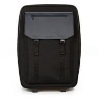 Handbagage koffer gemaakt van nylon en leer